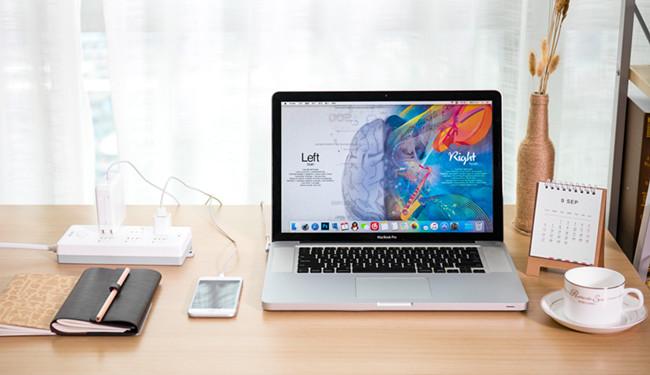 摄图网-创意笔记本电脑学习桌面.jpg